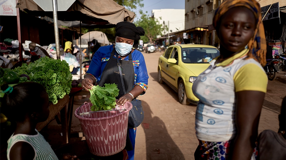 Polls open in Mali despite coronavirus threat, security fears