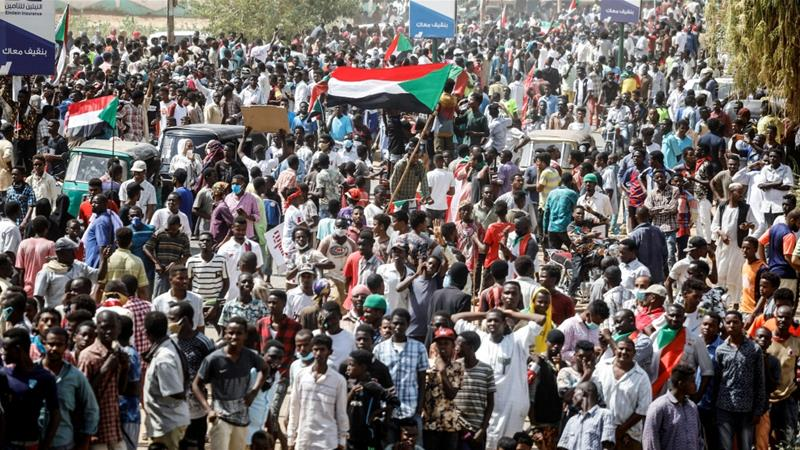 Thousands of Sudanese take to the streets again