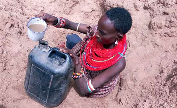 How to Reduce the Risks of Fetching Safe Drinking Water for Women