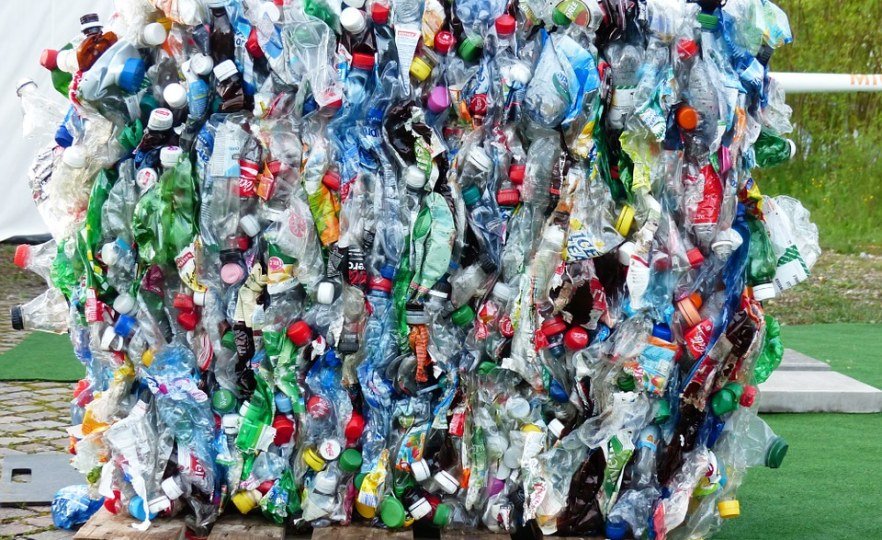 Headache for Conservationists as Plastic Bag Makes Big Comeback in Kenya