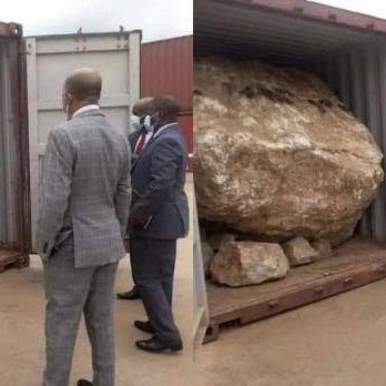Malawian Government Officials Recover Allegedly Stolen Gemstone Ore from Chinese Company #shorts